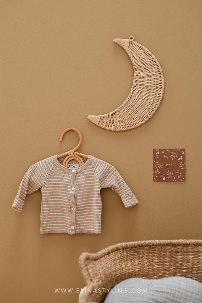 Wand styling babykamer rotan maan